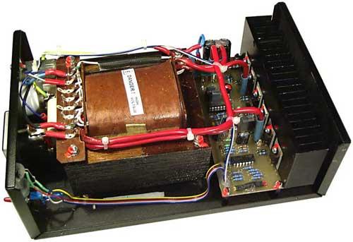 Obr. 8 - Umíštění komponent v krabici střídače